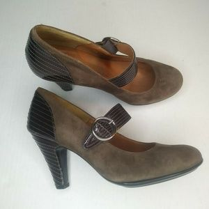 Sofft Size 10M Brown Florence Mary Jane Suede Leat